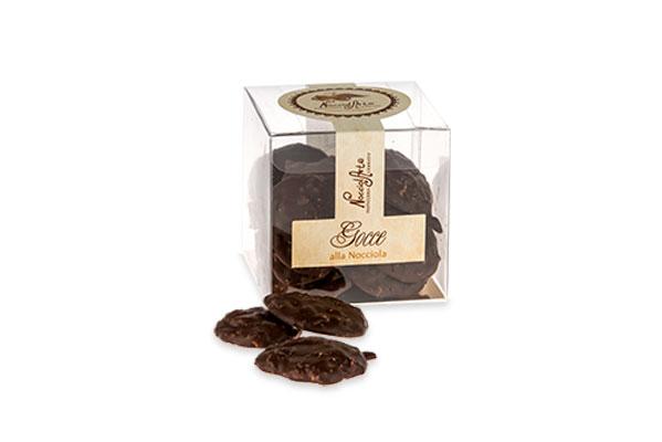 gocce-ricoperte-cioccolato-nocciola-piemonte-igp